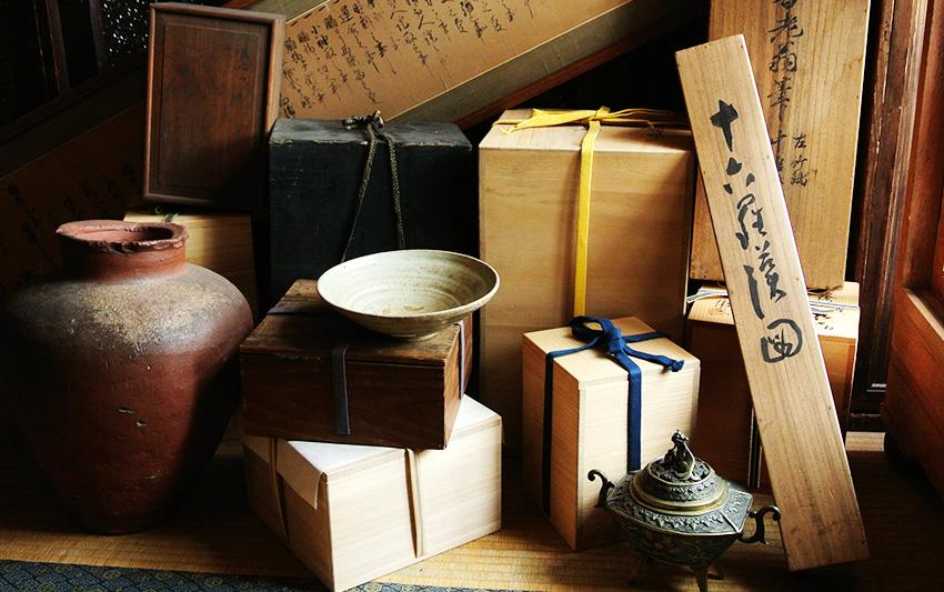 函館市の骨董品買取を強化しております。